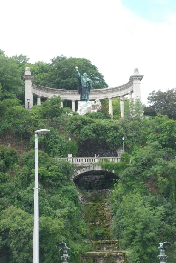 Isaac Freeman Blog Statue